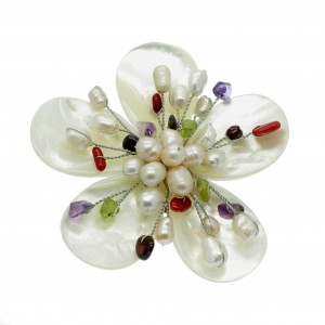 Mothers Day Gist - Pearl Brooch