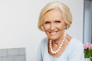Mary Berry Large Pearl Necklace