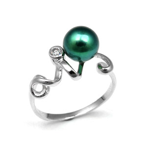 Green Pearl Ring with Faux Diamond Solitaire Sterling Silver